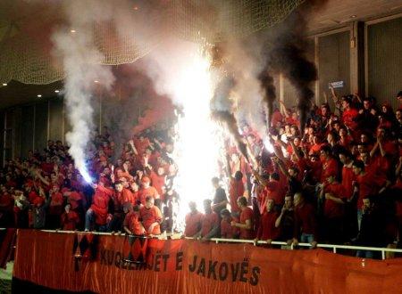 KosovoSportFans.JPG