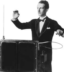 Leon_Theremin_Playing_Theremin.jpg