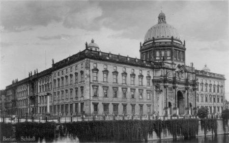 Berlin_Stadtschloss_1920er.jpg