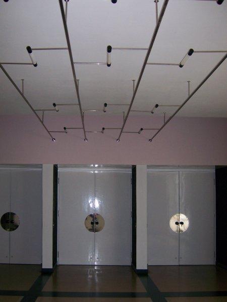 aulaeingang450.JPG