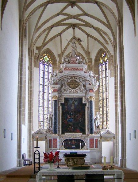 torgaukirchealtar450.jpg
