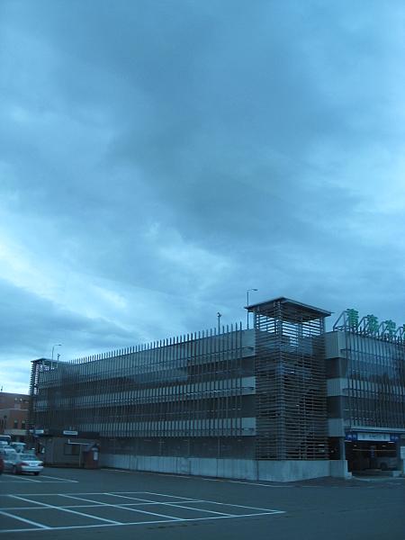 parkhaus450.JPG