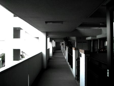 entrance450.jpg